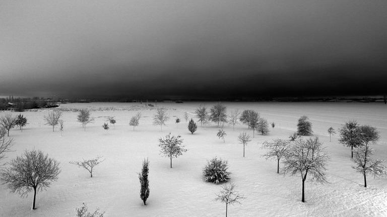 snow-661028_1280